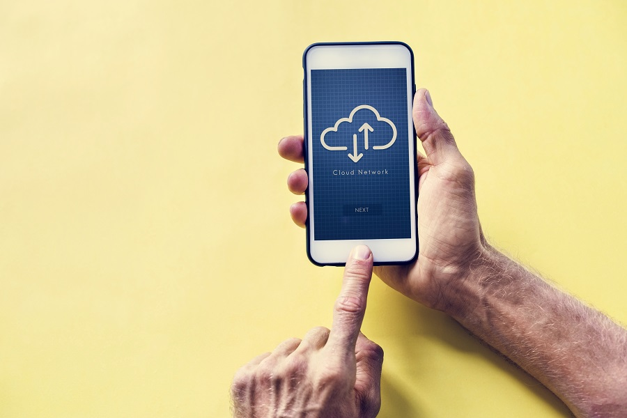 Why Should You Switch To Cloud Phone Systems?